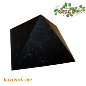 шлифованная пирамида из шунгита